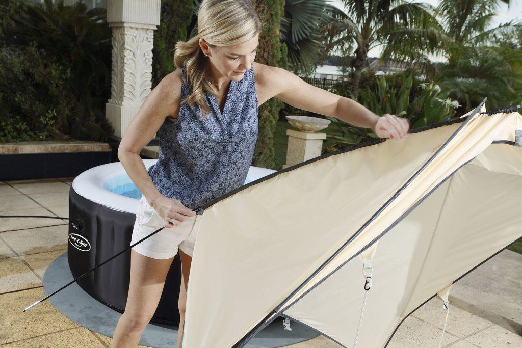 whirlpool f r drau en aufblasbar lay z spa. Black Bedroom Furniture Sets. Home Design Ideas